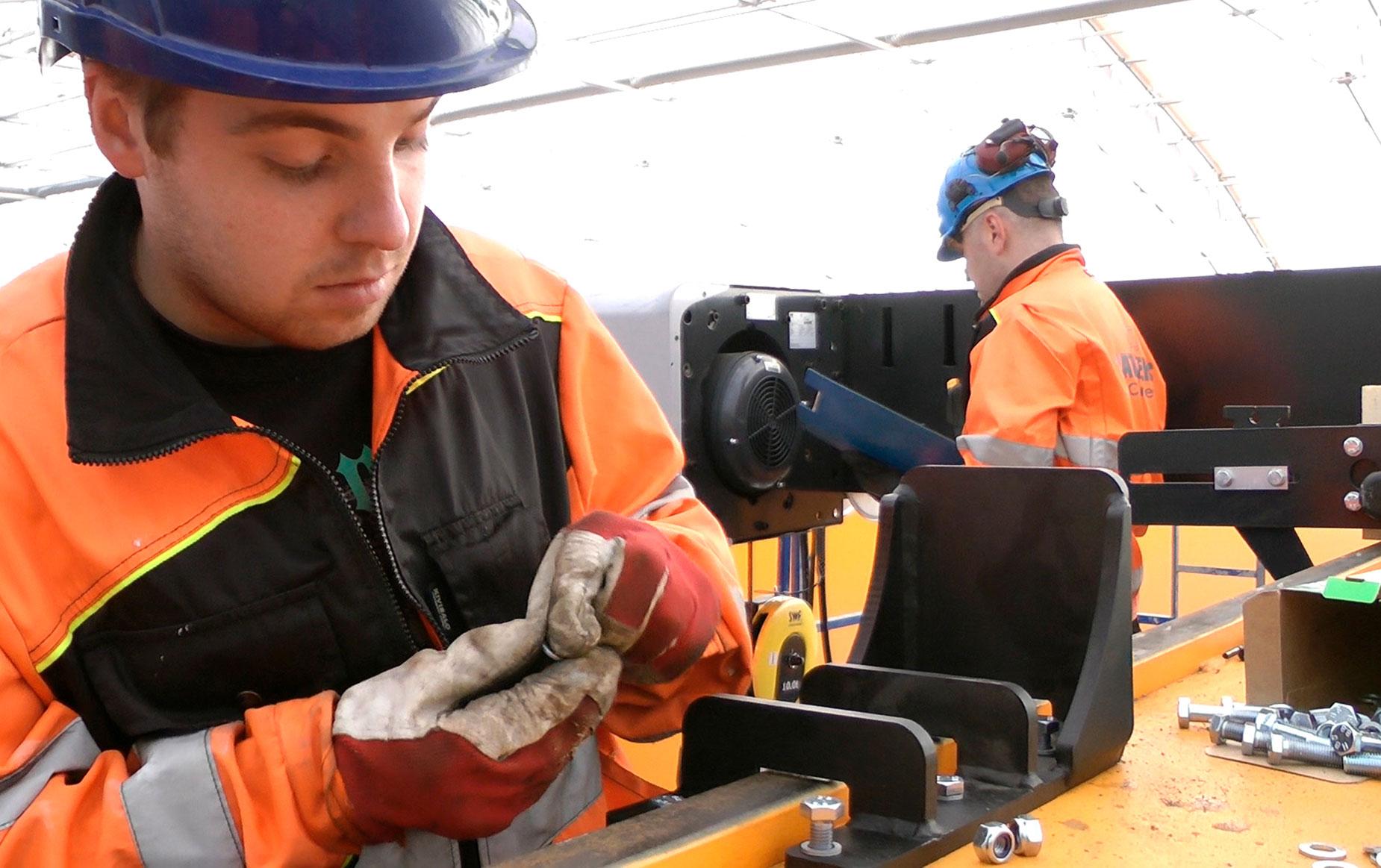 crane-service-nosturihuolto-teollisuus-metalliteollisuus-teollisuuden-siltanosturit-satateras_2