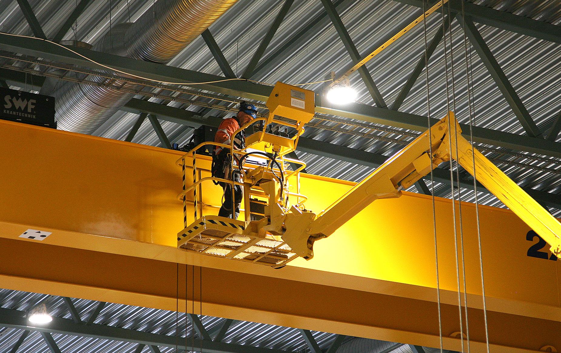crane-service-nosturihuolto-teollisuus-metalliteollisuus-teollisuuden-siltanosturit-satateras_3
