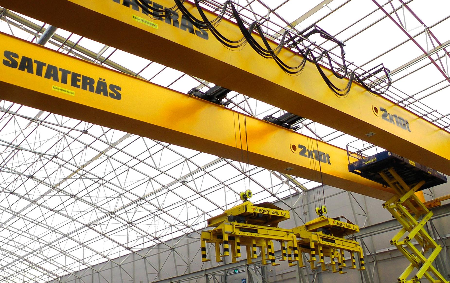 crane-service-nosturihuolto-teollisuus-metalliteollisuus-teollisuuden-siltanosturit-satateras_4