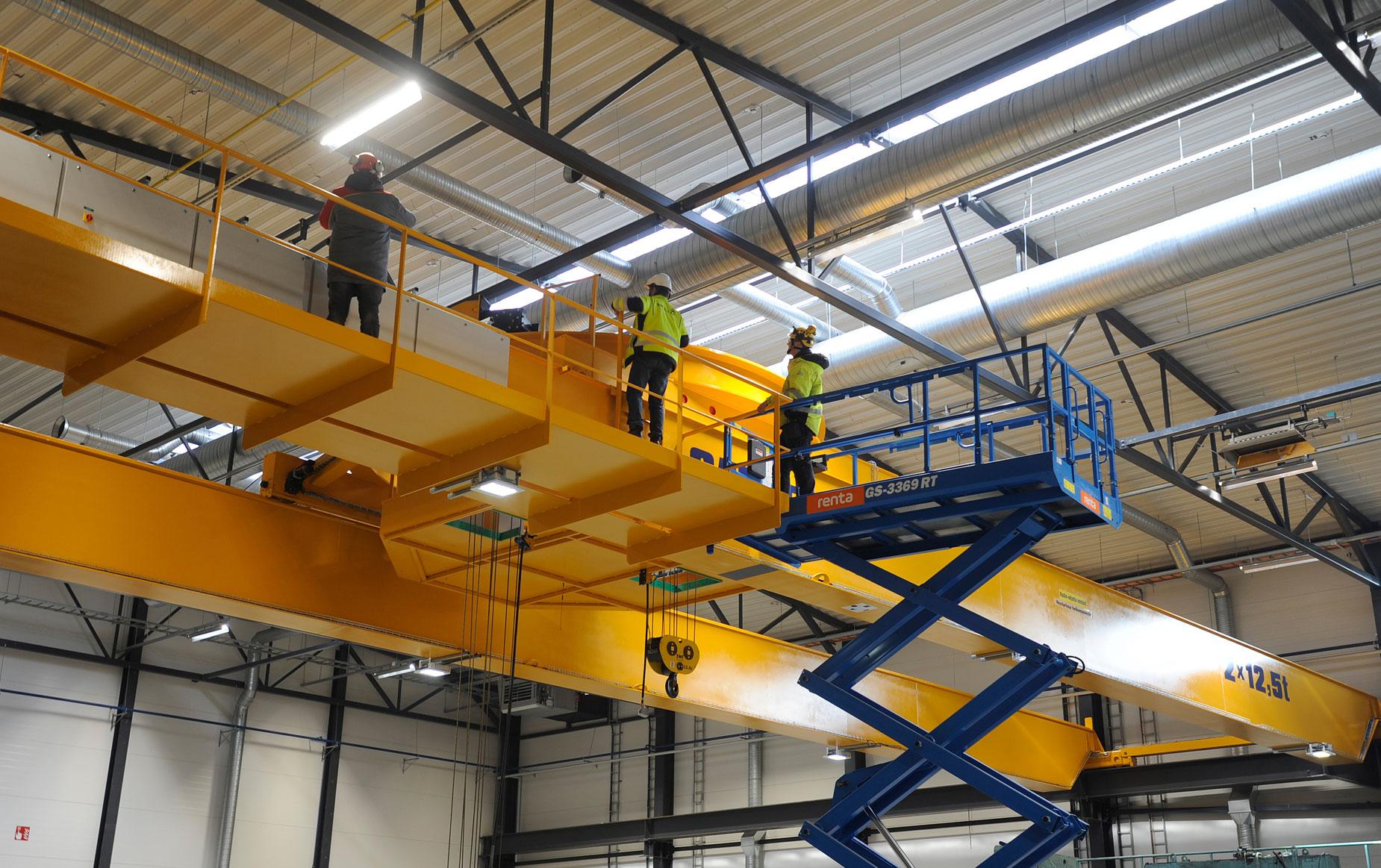 crane-service-nosturihuolto-teollisuus-metalliteollisuus-teollisuuden-siltanosturit-satateras_6