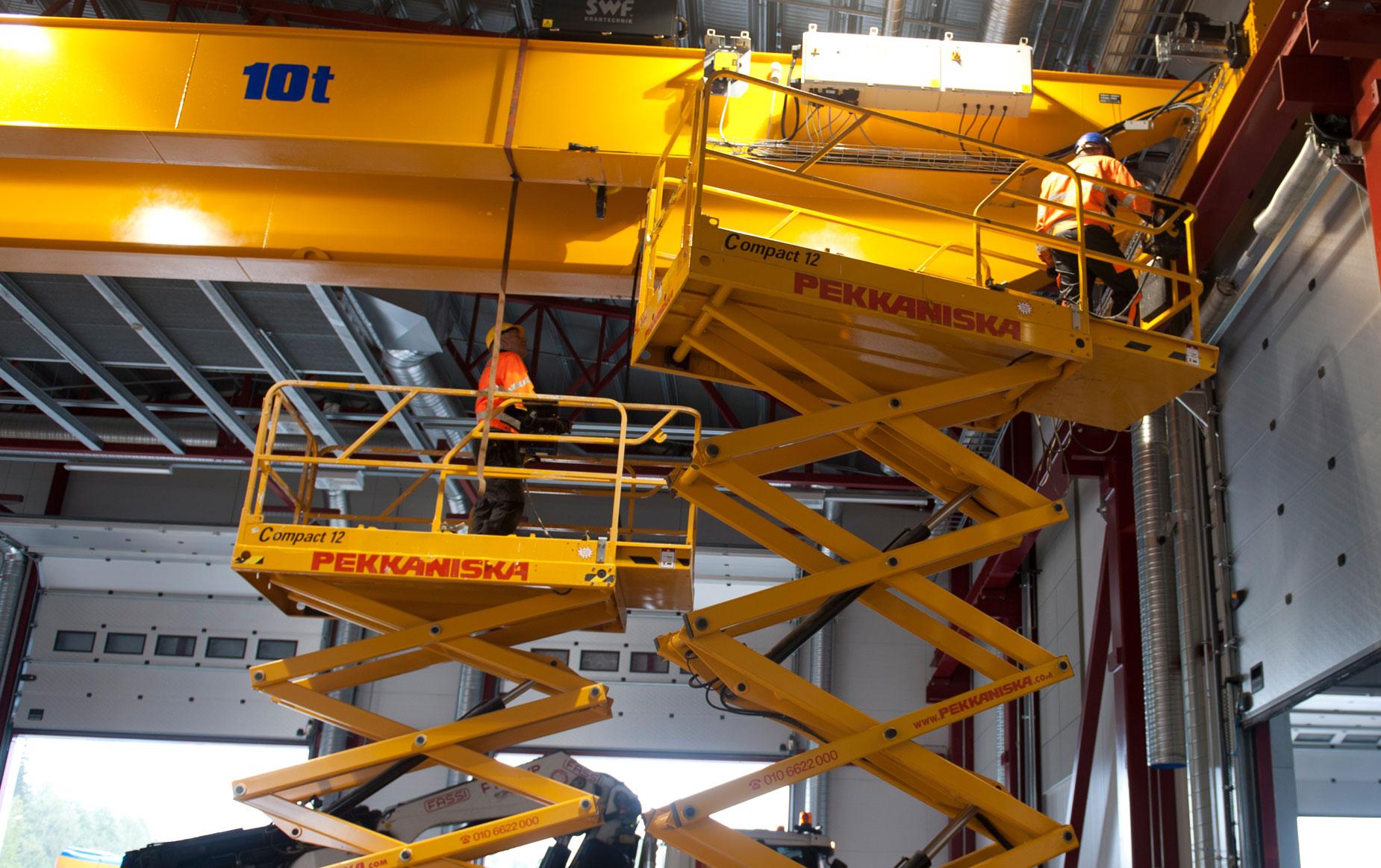 crane-service-nosturihuolto-teollisuus-metalliteollisuus-teollisuuden-siltanosturit-satateras_7