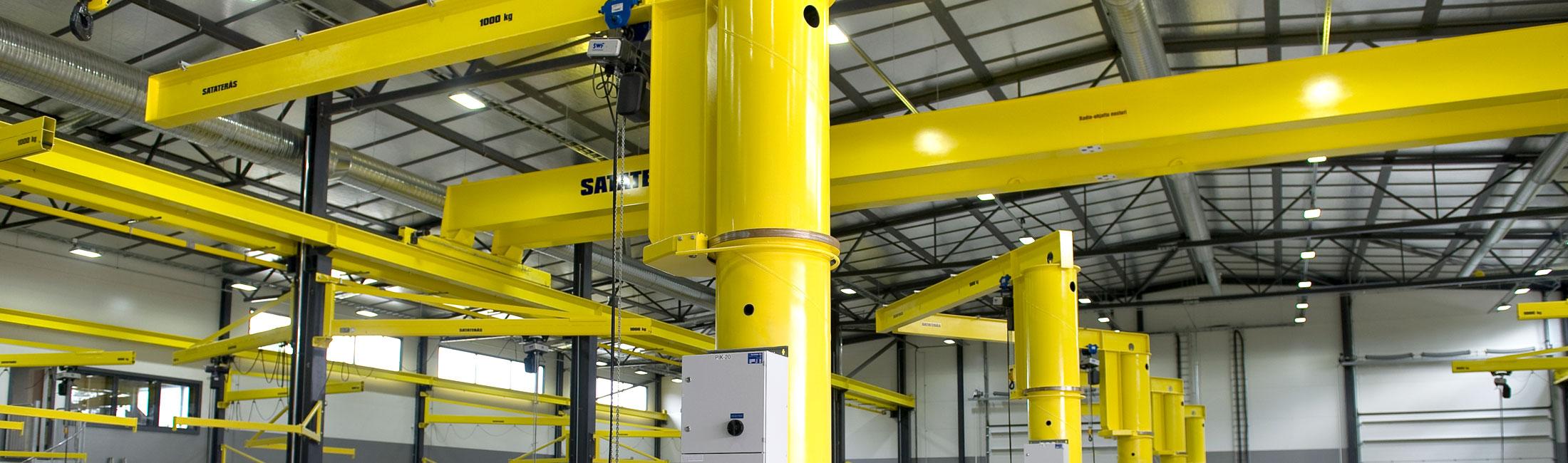 teollisuus-metalliteollisuus-teollisuuden-kaantopuominosturit-satateras-1