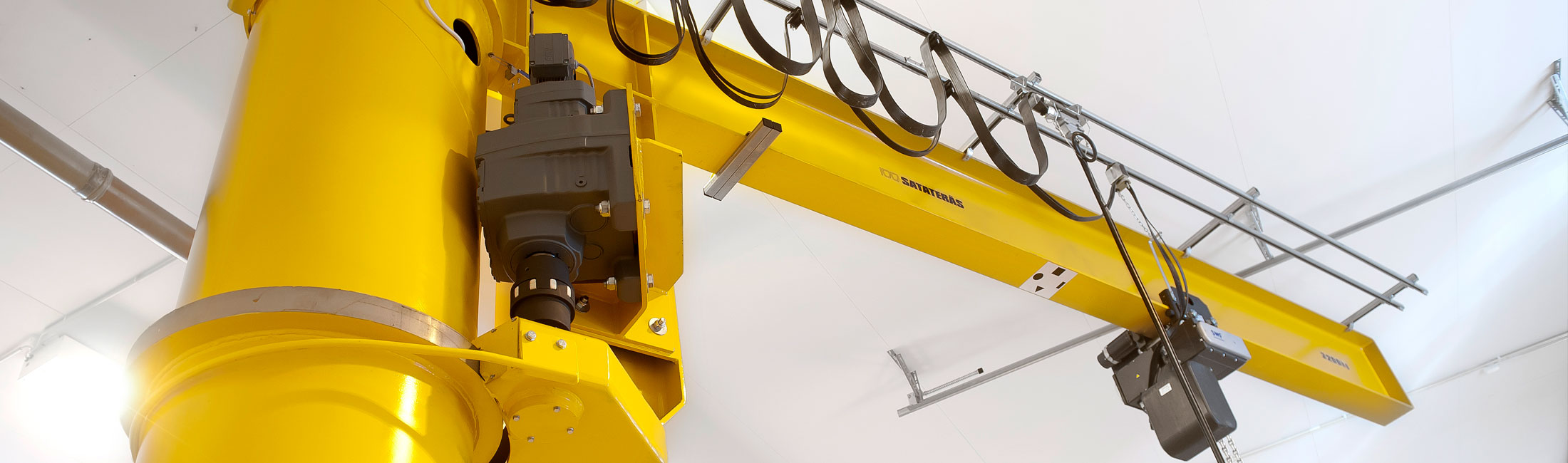 teollisuus-metalliteollisuus-teollisuuden-kaantopuominosturit-satateras-3