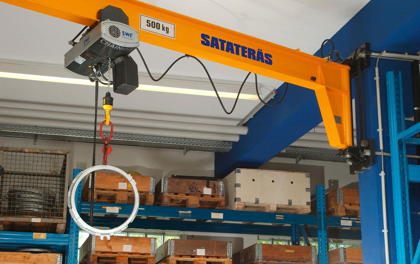 teollisuus-metalliteollisuus-teollisuuden-kaantopuominosturit_satateras-3