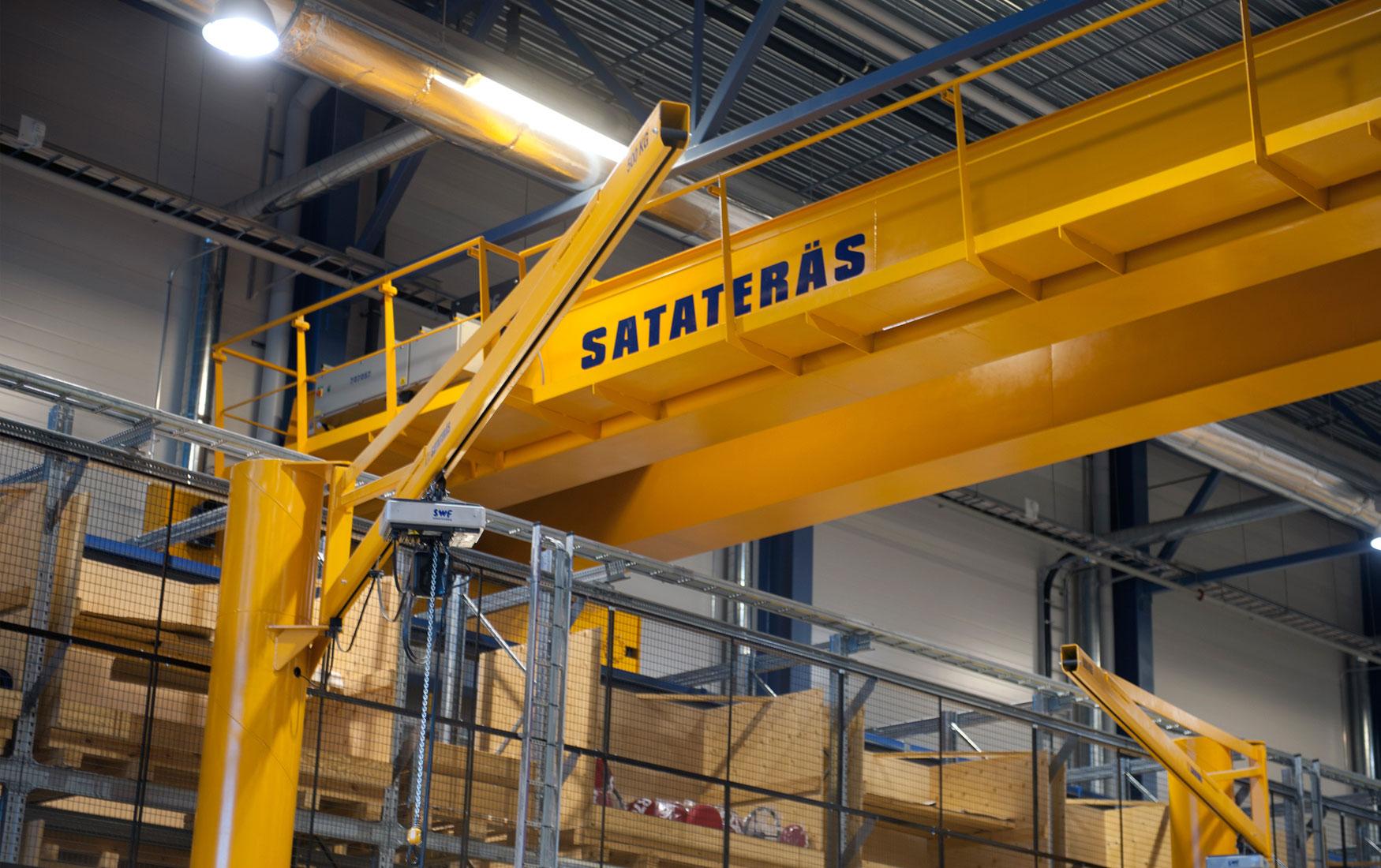 teollisuus-metalliteollisuus-teollisuuden-kaantopuominosturit_satateras-7