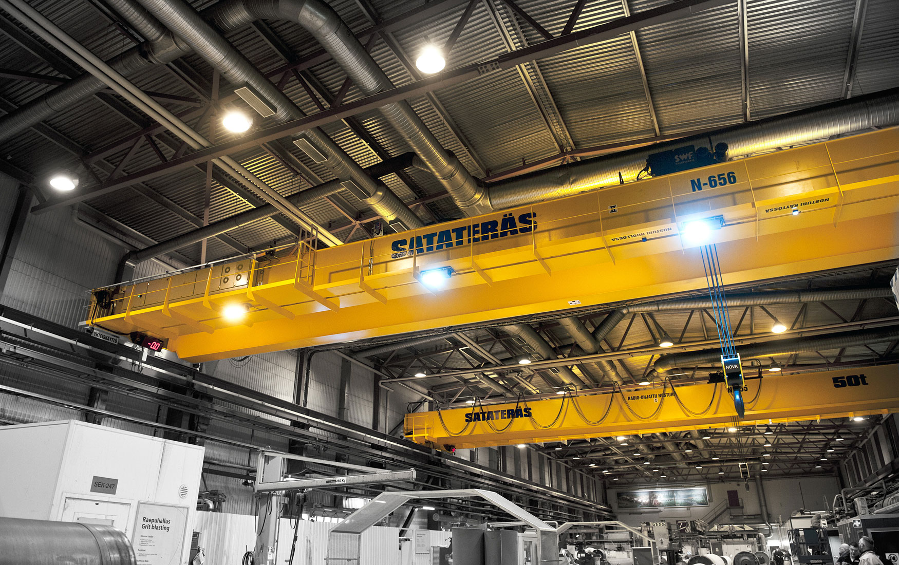 teollisuus-metalliteollisuus-teollisuuden-siltanosturit-satateras-siltanosturi-4