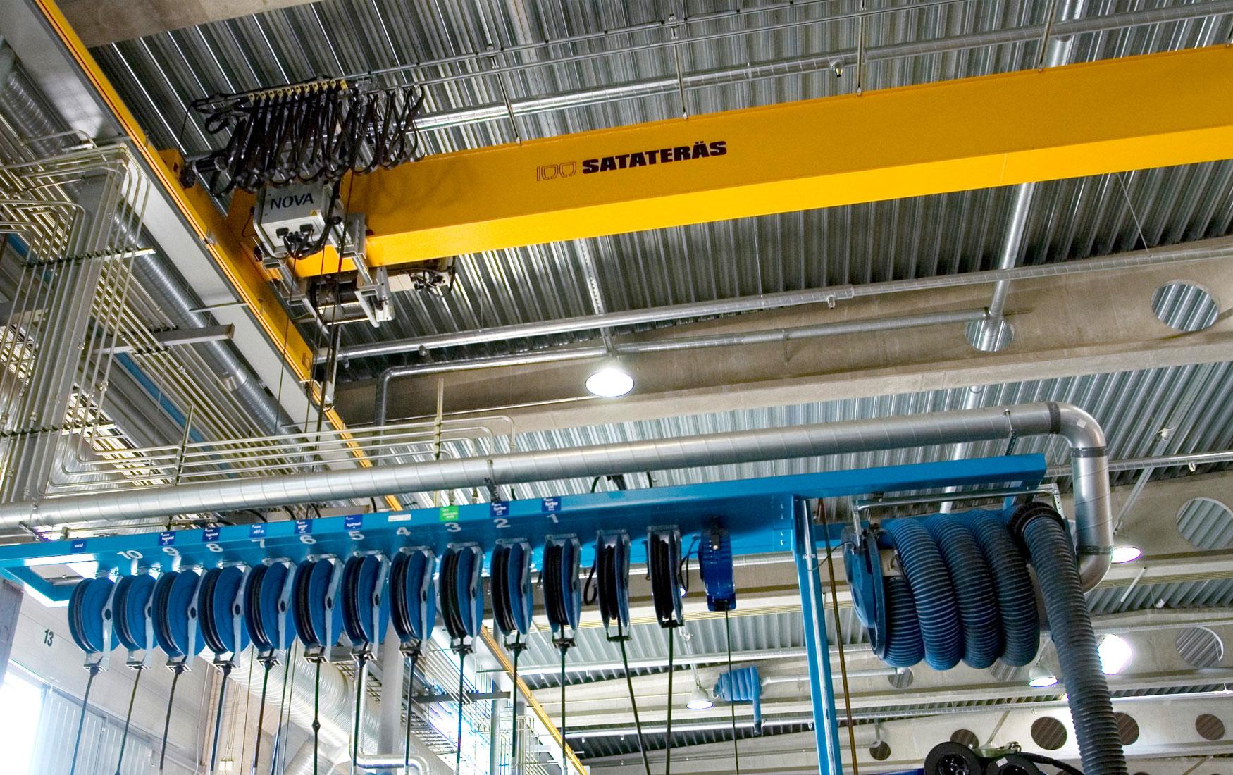 teollisuus-metalliteollisuus-teollisuuden-siltanosturit-satateras-siltanosturi-5